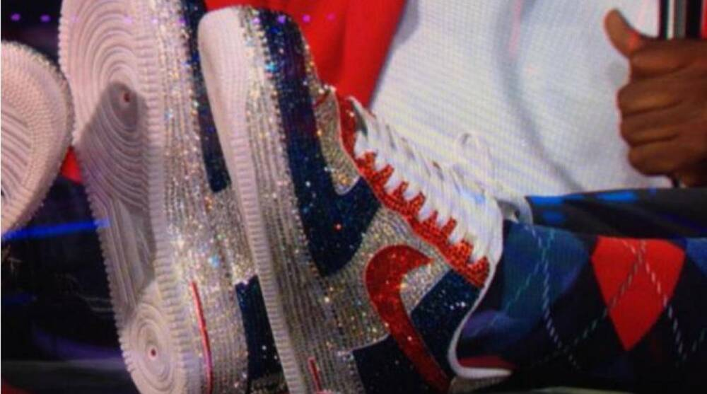 3eafeb0d30fe4 New England Patriots Owner Robert Kraft wears shiny custom Air Force Ones