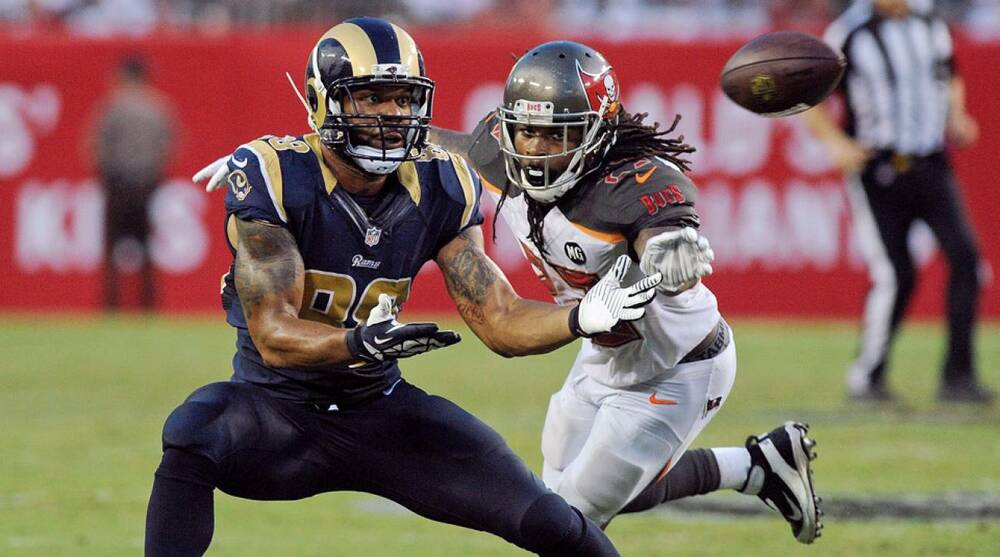 reputable site 699d6 f8c32 St. Louis Rams trade for Tampa Bay Buccaneers safety Mark ...