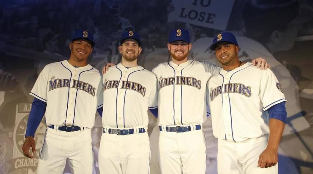 buy popular 3b2c2 a193b Seattle Mariners new uniform: Alternate has gold accents ...