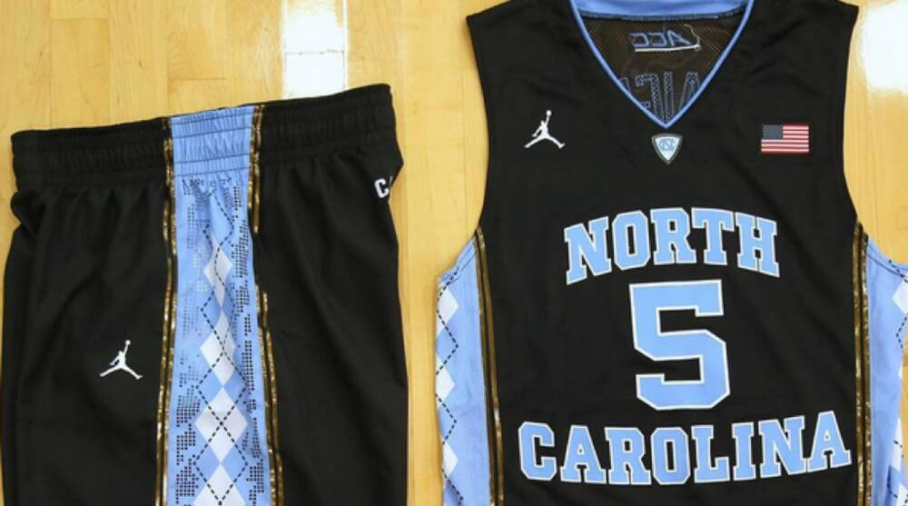 promo code faa85 38273 North Carolina basketball: Tar Heels wearing black uniforms ...
