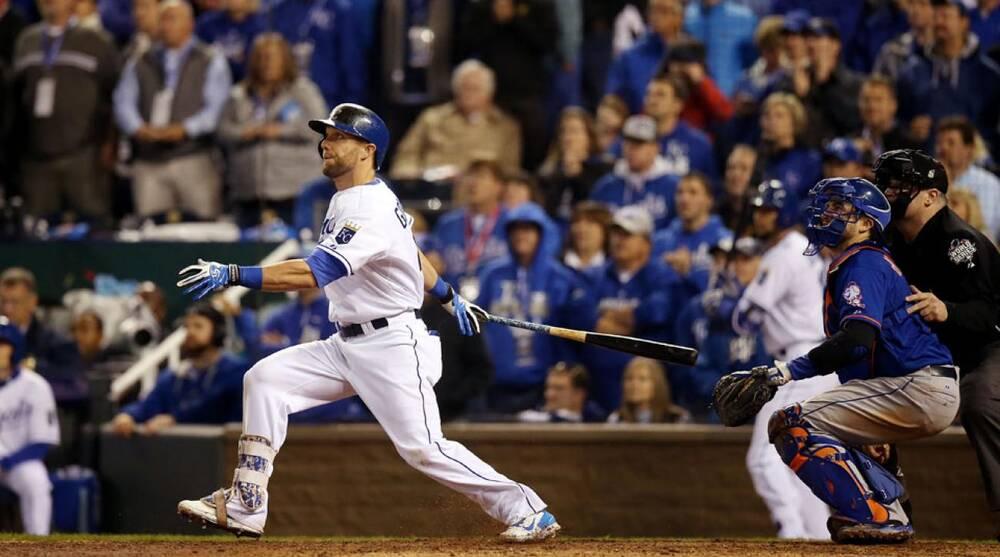 Video: Royals' Alex Gordon game-tying HR in World Series
