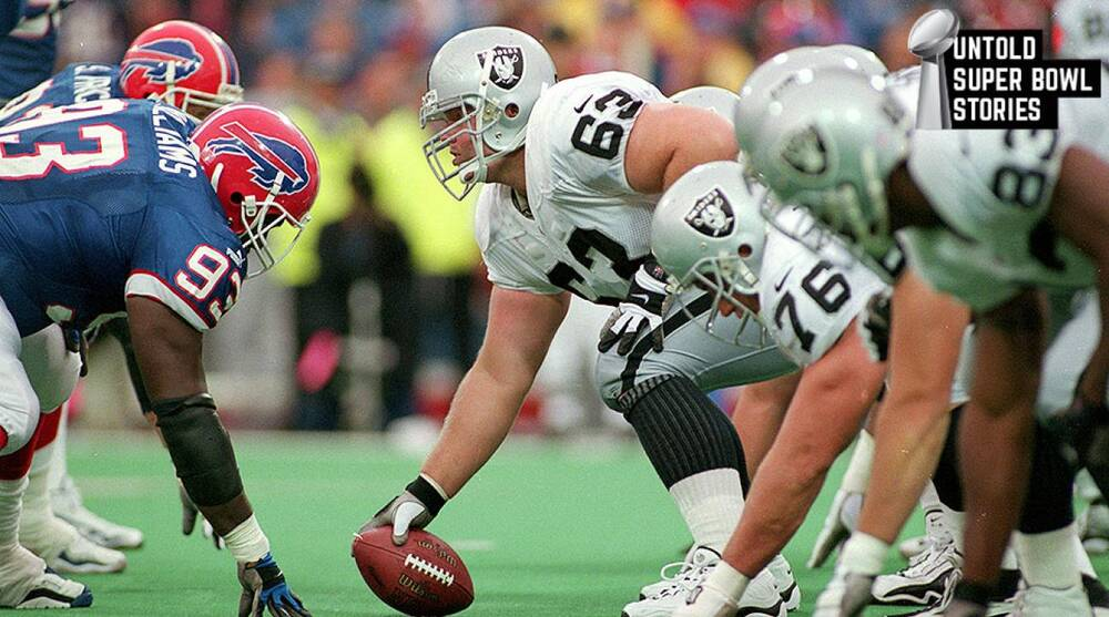 When Raiders' Barret Robbins disappeared before Super Bowl XXXVII