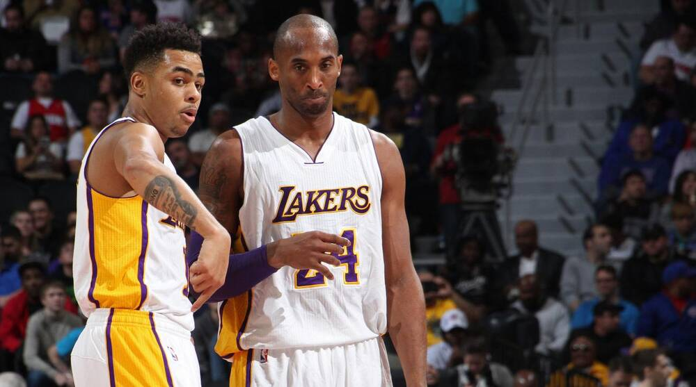 3e0e768220f Kobe Bryant  D Angelo Russell asks Lakers vet to pay dunk fine
