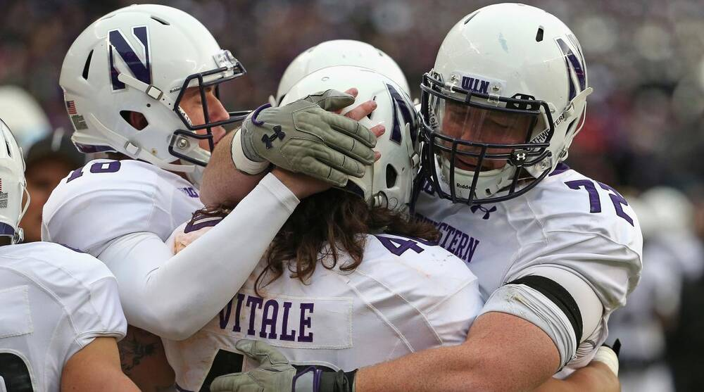 Watch Outback Bowl online: Tennessee vs Northwestern live