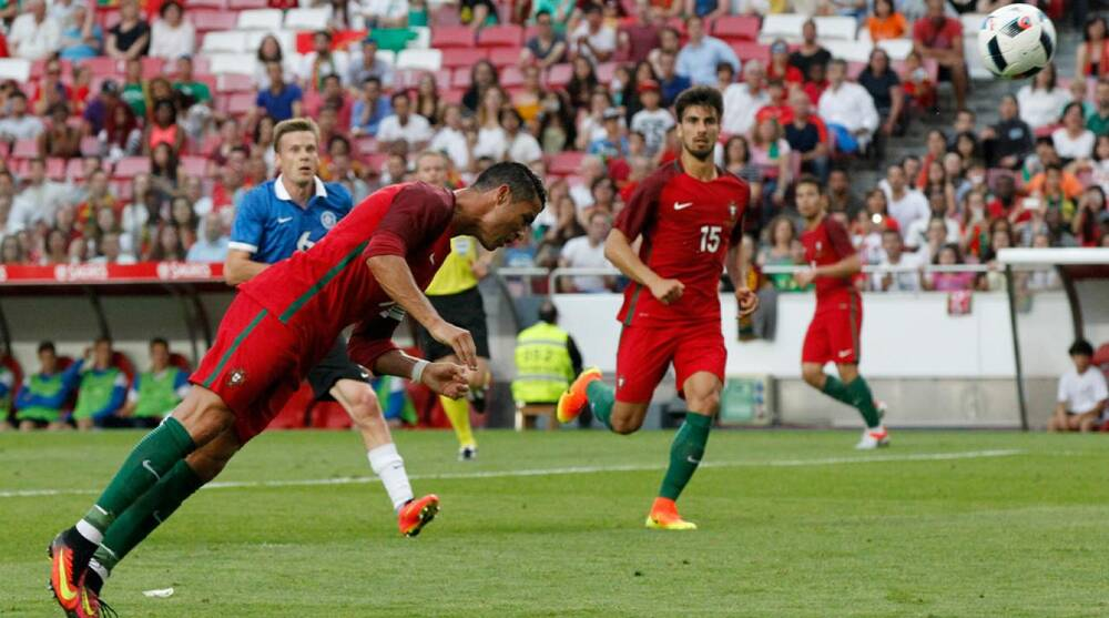 Portugal vs Estonia  Cristiano Ronaldo scores two goals (VIDEO)  9be870d69c9d1