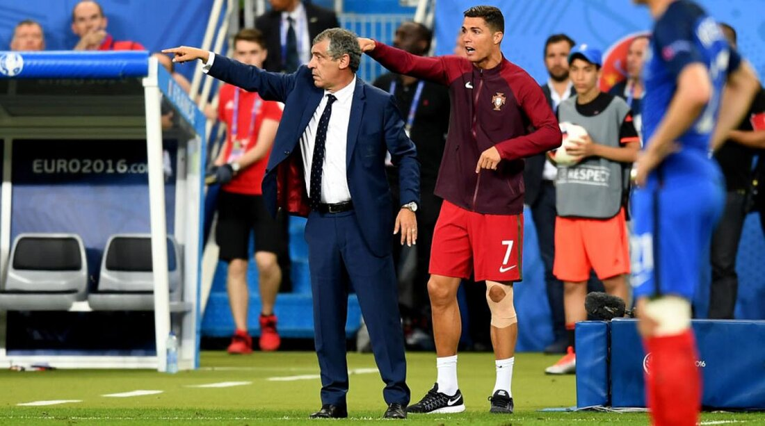 Real Madrid Next manager - Page 2 Image?url=https%3A%2F%2Fcdn-s3.si.com%2Fs3fs-public%2Fstyles%2Fmarquee_large_2x%2Fpublic%2F2016%2F07%2F11%2Fcristiano-ronaldo-portugal-manager