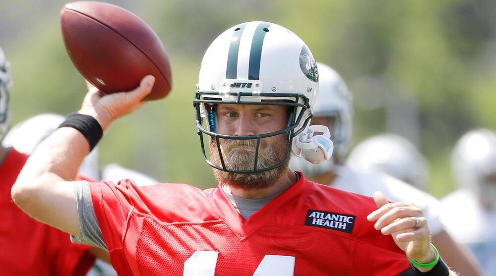 9a575088d Ryan Fitzpatrick brings stability to Jets' training camp