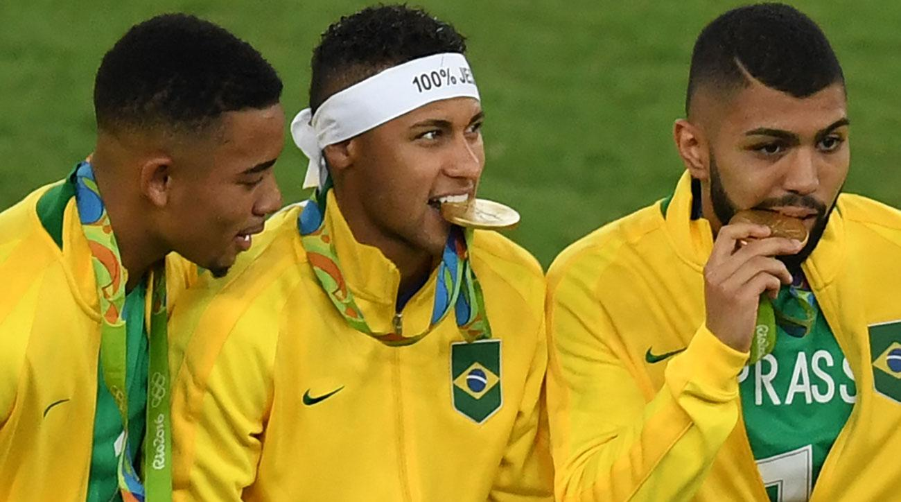 martin bernetti afp getty images follow here for live updates and goal scorers as brazil and germany duel for the men s soccer gold medal at the olympics