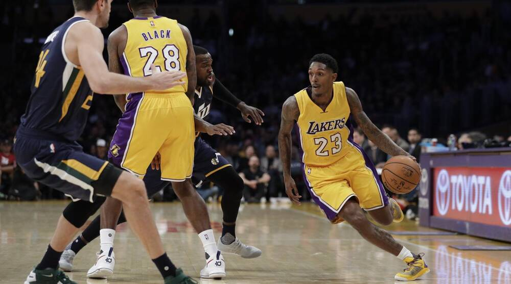 d336442590f Los Angeles Lakers have top mentioned Twitter hashtag emoji in NBA ...