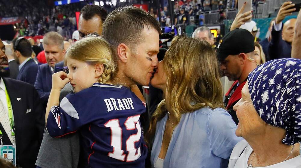 Tom Brady, Rob Gronkowski post popular Super Bowl Instagrams