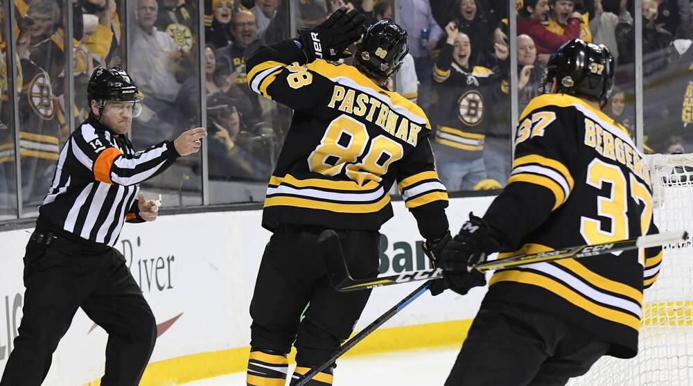 f5f2801961580c NHL Playoffs: Pastrnak dishes out hat trick vs Maple Leafs | SI.com