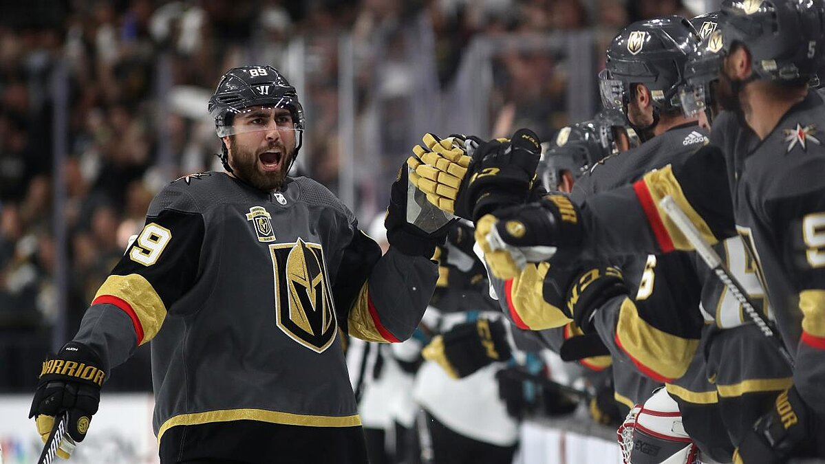 NHL Playoffs: Golden Knights Defeat Sharks, Penguins Beat Capitals