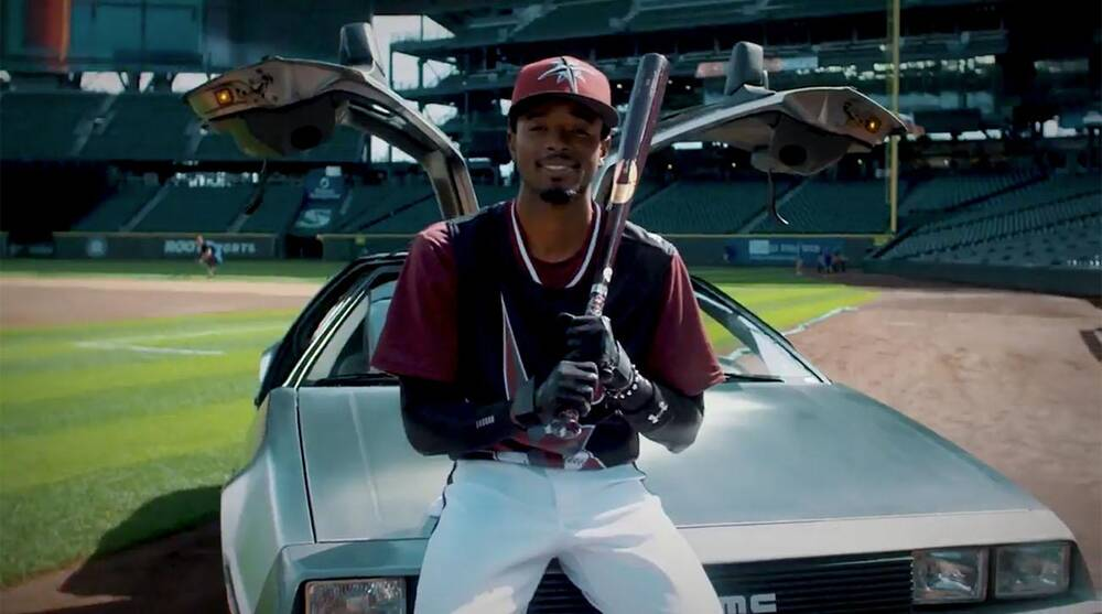 99014ca9887 Mariners Turn Ahead the Clock Night hype video