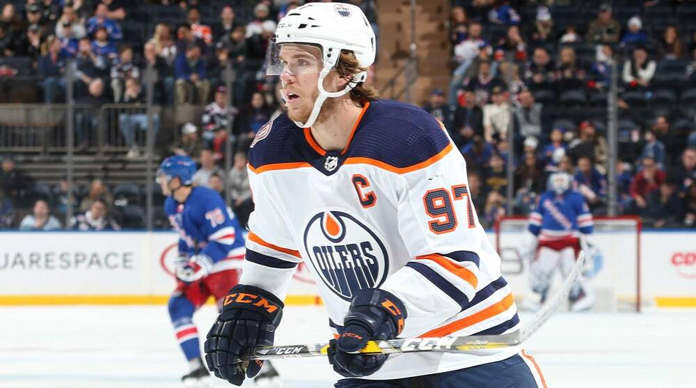 cf2063ab74d Connor McDavid  Edmonton Oilers star off to hot start