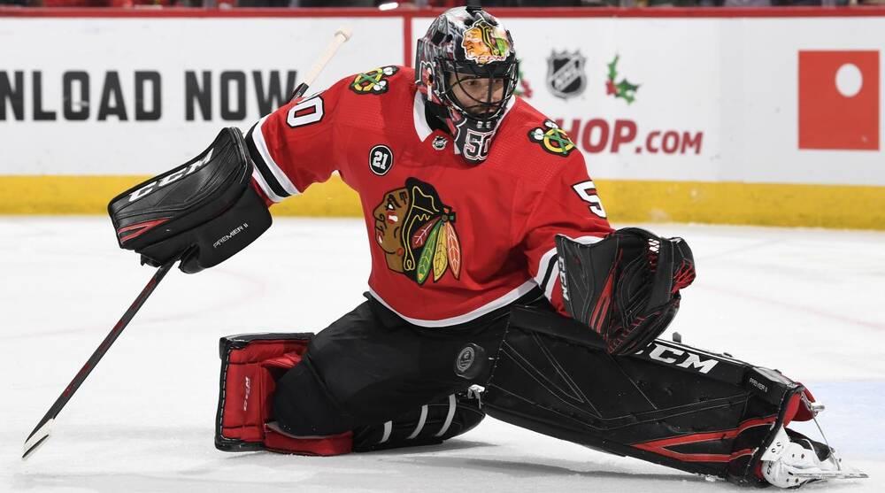 Chicago Blackhawks Goalie Corey Crawford Hits Head Has Concussion