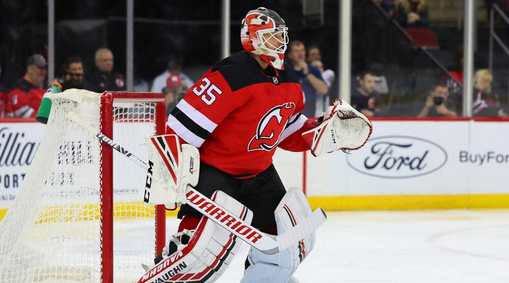 sports shoes 15a7d 5a061 New Jersey Devils: Cory Schneider gets first win since 2017 ...