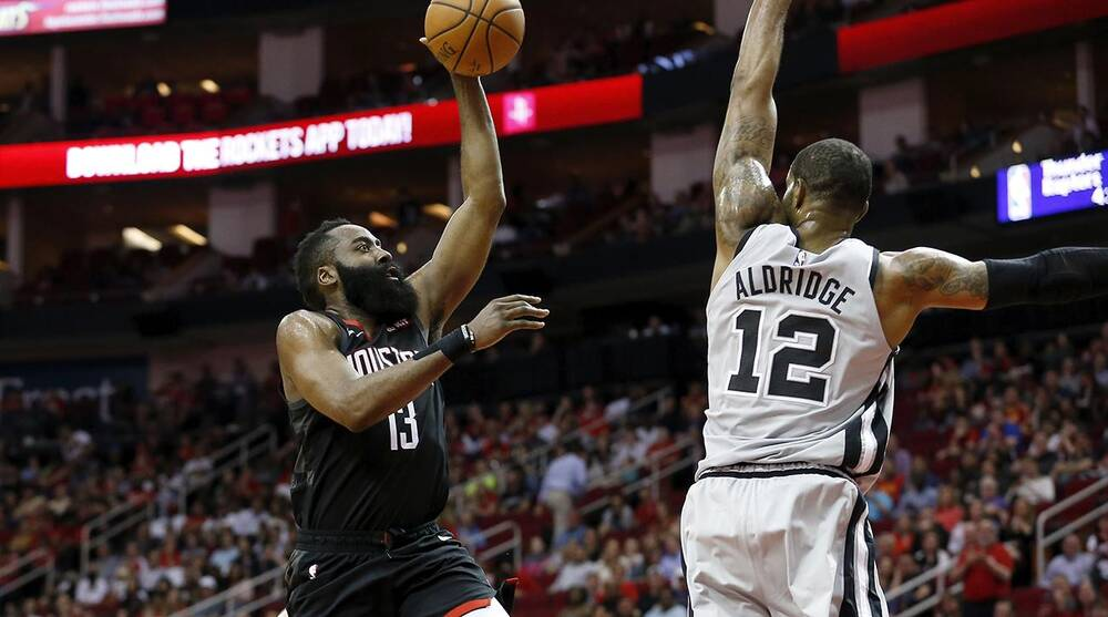eb03fdb601f2 James Harden ties career high with 61 in Rockets win over Spurs