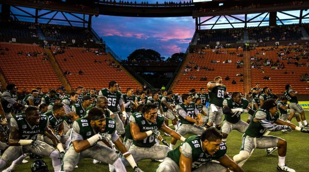 Can Hawai i football get its mana back  The pull and problems with the  program of the islands b869053aa