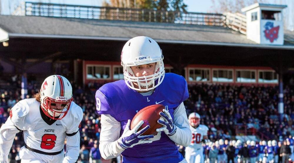 74c996bf3a3 Football and family: How D-III Linfield College became power on verge of  history while overcoming tragedy