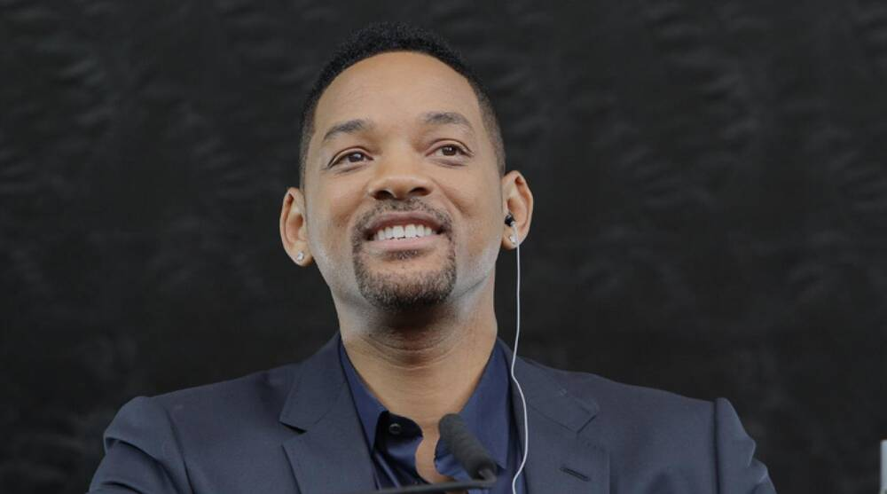 40cde8363 Will Smith to play role in movie about former Steelers center Mike Webster