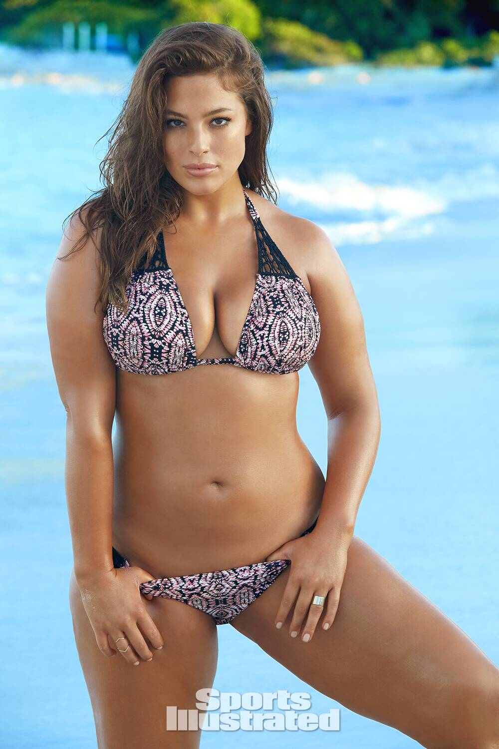 f7c197c3e7a3 Ashley Graham 2016 swimsuit photo gallery | SI.com