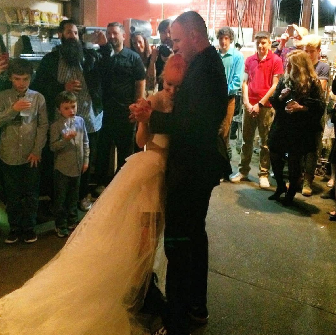 Hayley Williams Wedding | Hayley Williams From Paramore Just Got Married And It Was The Most