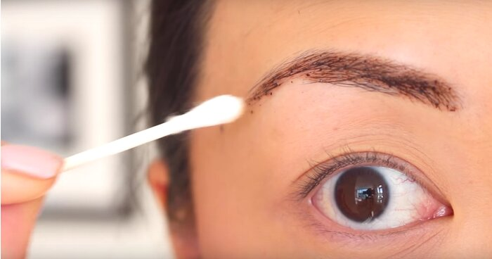 Wait, you can tint your eyebrows with...coffee and chocolate ...