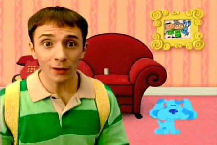 steve from blues clues is a very attractive hipster man now because you need to know hellogiggles - Blue Clues