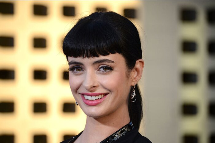 Bangs 11 Things To Know Before You Make The Cut Hellogiggles