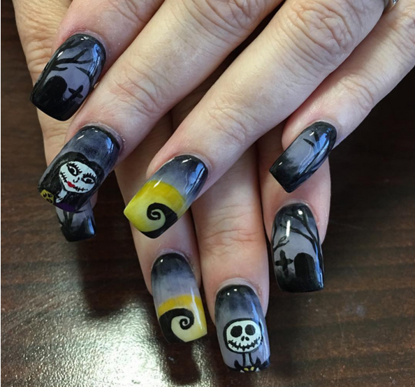 9 Sets Of The Nightmare Before Christmas Nails That Are Scary