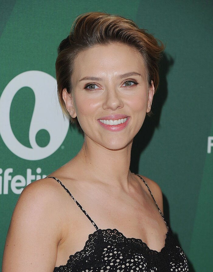 scarlett johansson just opened a gourmet popcorn shop because why