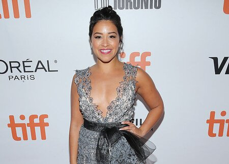 Gina Rodriguez Wore A Little Black Dress With A Mesh Surprise Looks