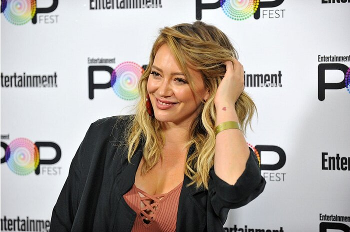 Hilary Duff apologized for her Halloween costume, and we're so ...