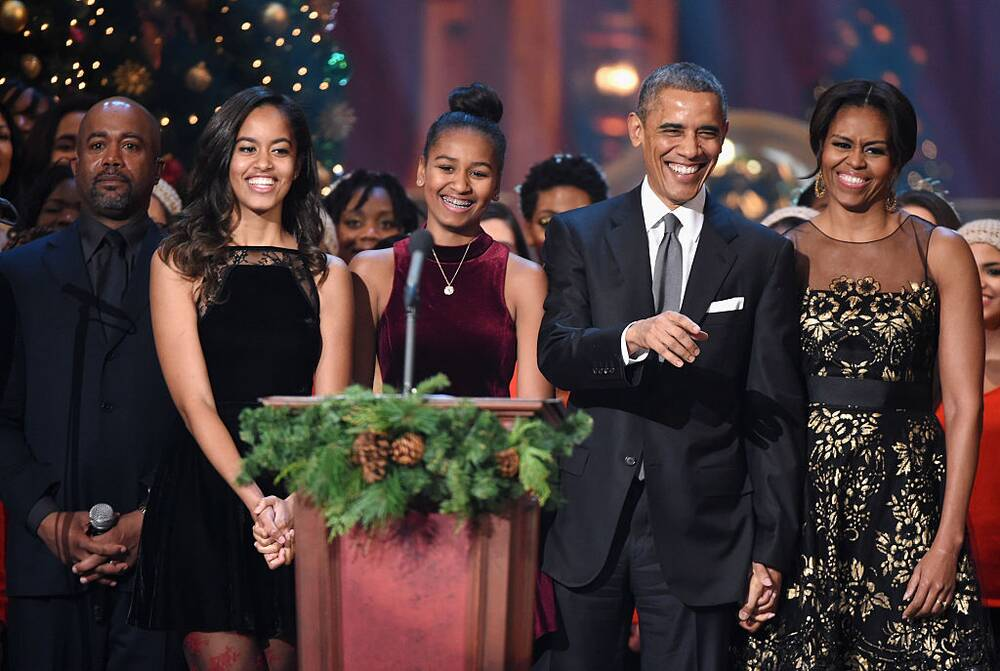 The Obama\'s very last White House Christmas card made the perfect ...