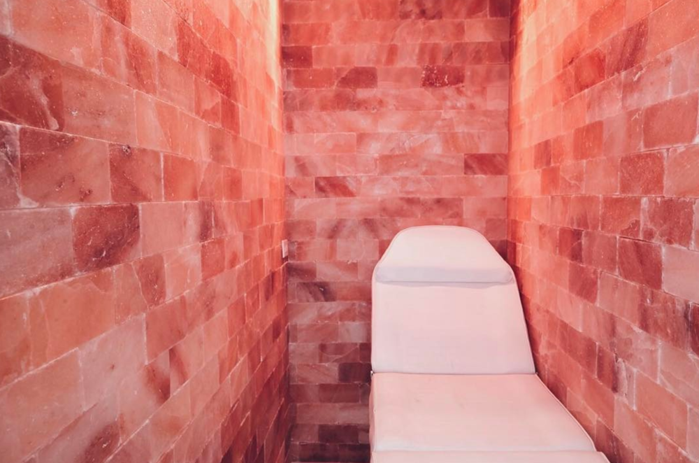 I Visited A Pink Himalayan Sea Salt Cave And Here S What Hened Ogiggles