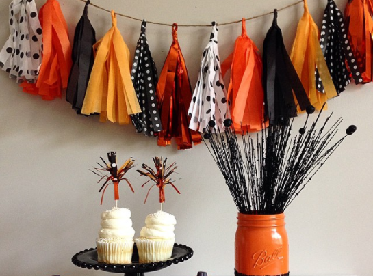 8 chic halloween party decorations and ideas for your home