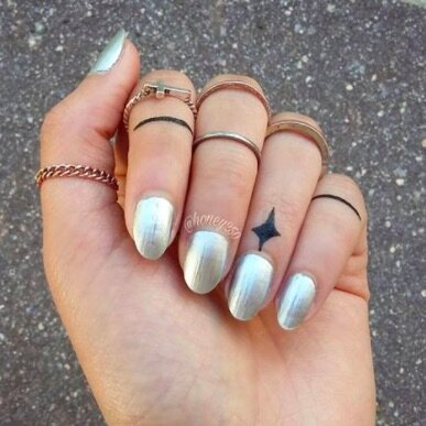People Are Getting Tiny Tattoos On Their Cuticles And They Look So