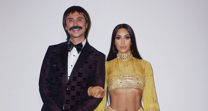 Kim Kardashian and Jonathan Cheban's Sonny and Cher Halloween ...