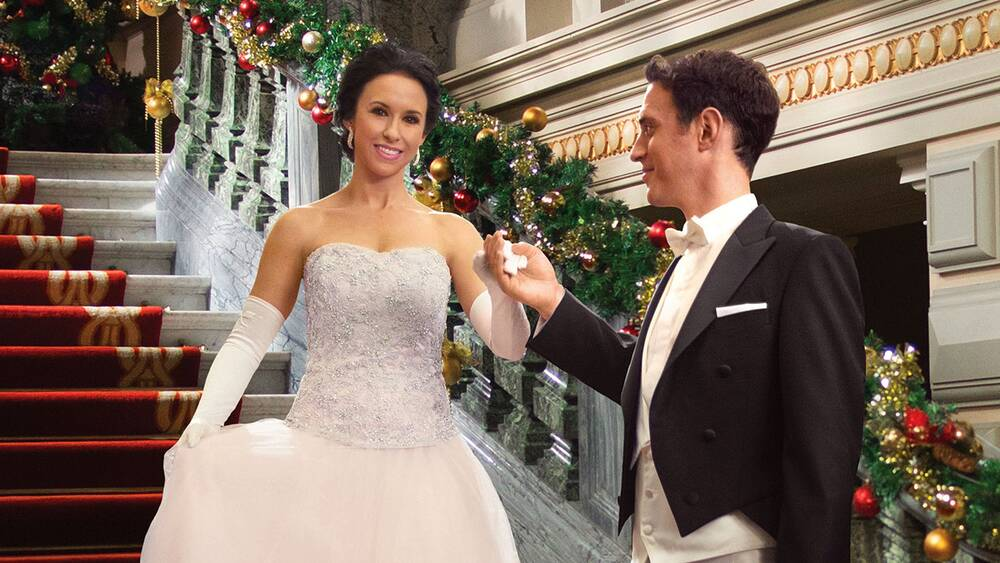 17 classic Hallmark Channel Christmas movies you simply MUST revisit ...
