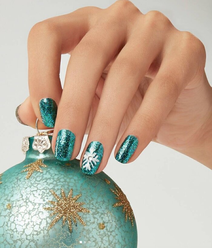 15 nail polishes and tools to jazz up your nails for the holidays ...