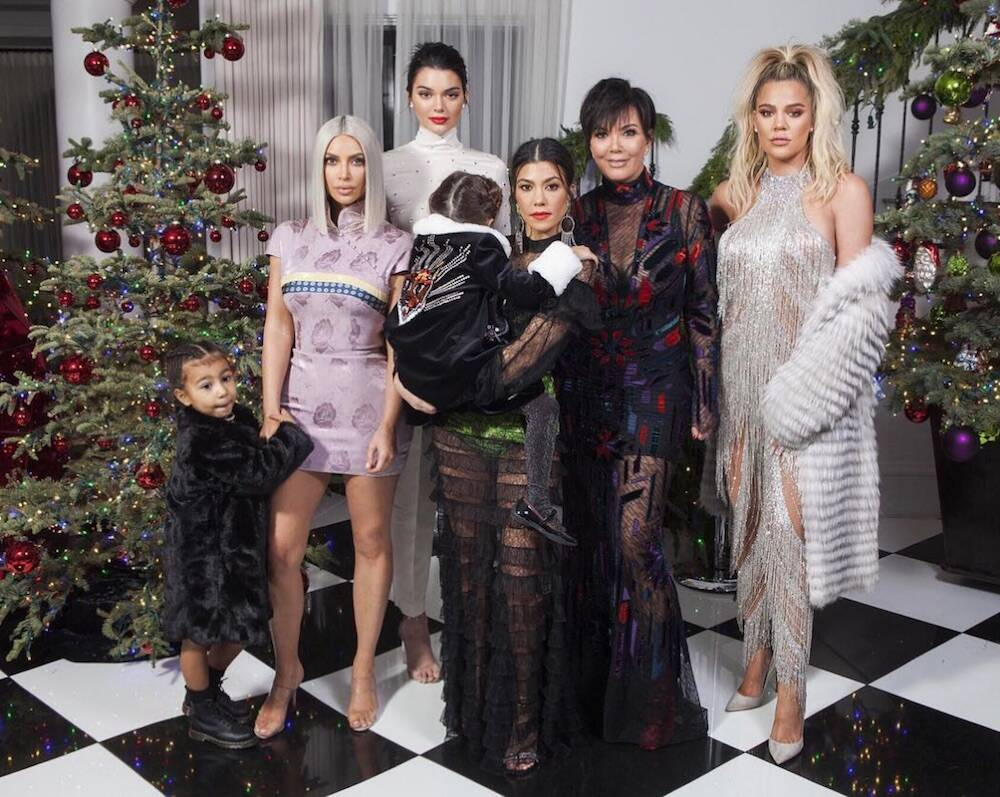 Kourtney Kardashian comments on Kylie Jenner missing from the family ...