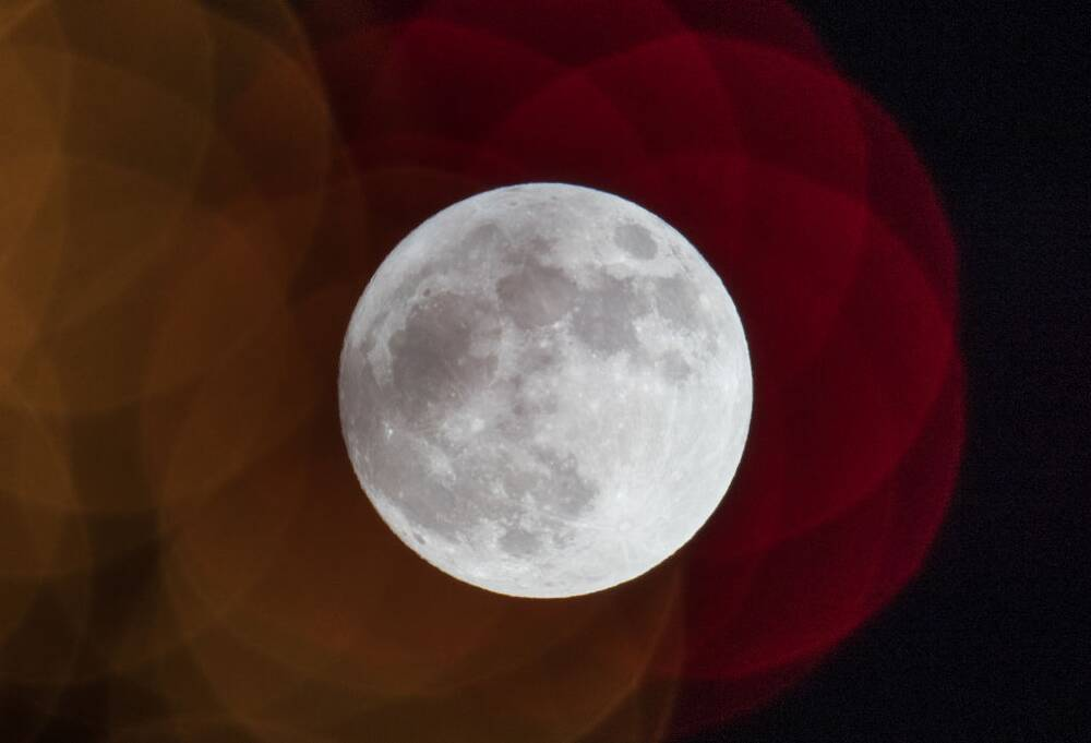 what the super blue moon means for your zodiac sign hellogiggles