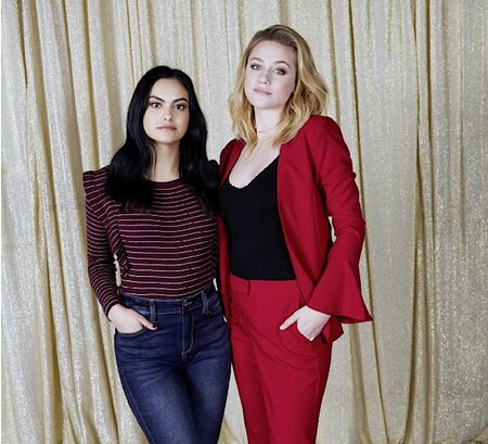 Riverdale Lili Reinhart And Camila Mendes Talk Jcpenney Prom