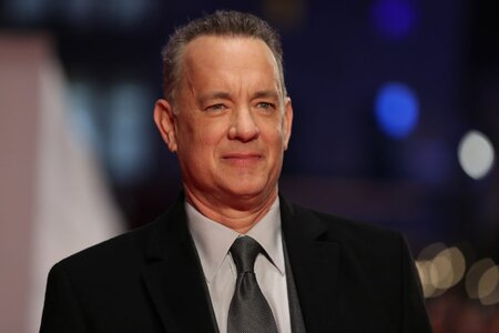 fbd07d778f8eca Whoa — Tom Hanks, aka America s Dad, is worth a lot of money