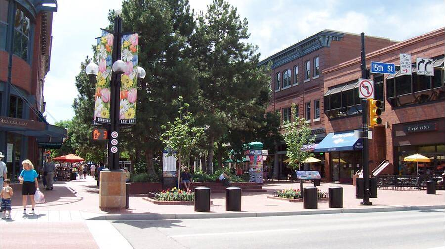 78dbd277ce No Boulder trip is complete without a tour of Pearl Street. Considering the  hefty selection of downtown eateries and shops