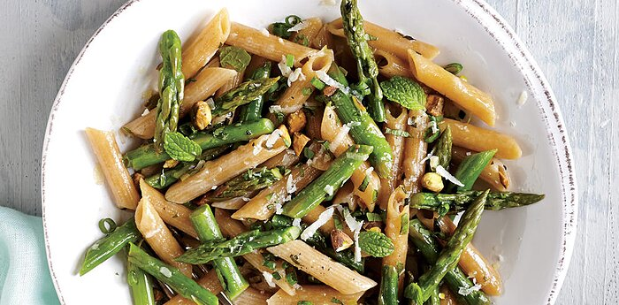 Dinner tonight quick and healthy menus in 45 minutes or less penne with asparagus pistachios and mint forumfinder Gallery