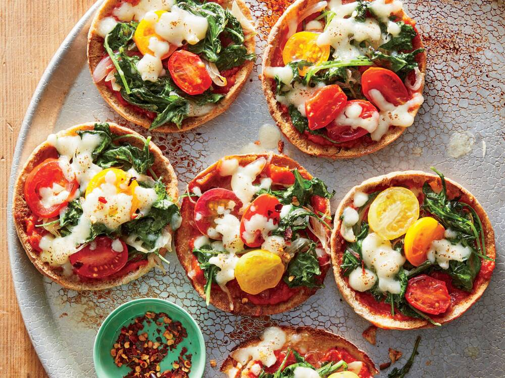 Quick and easy vegetarian recipes cooking light mini mozzarella and kale pita pizzas forumfinder Images