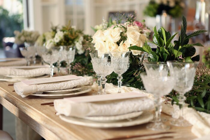 9 things every southern bride needs on her wedding registry wedding registry table setting solutioingenieria Image collections