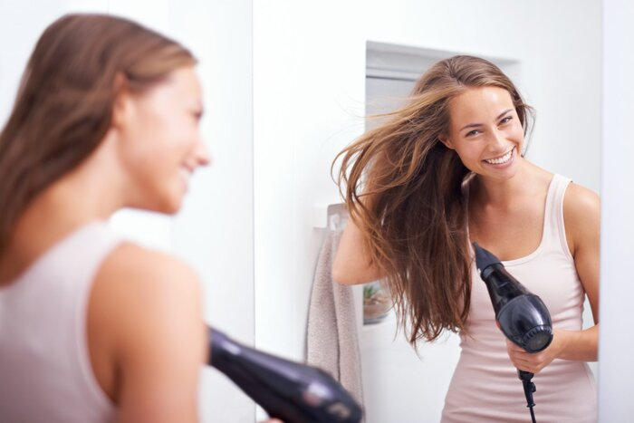 How to Make Your Blowout Hairstyle Last a Whole Week- Southern Living