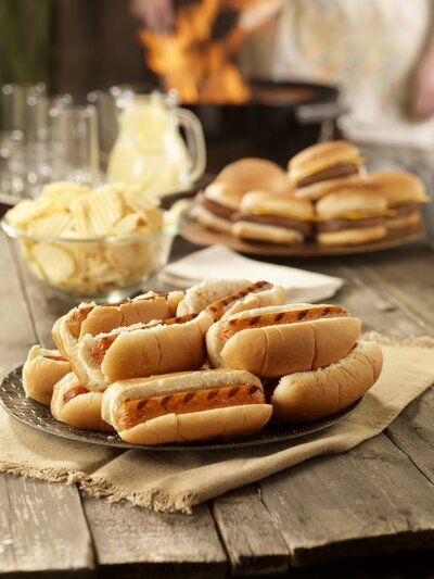 Must Read Food Safety Tips For A Tailgate Southern Living